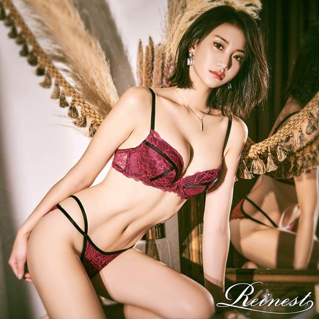 永尾まりや着用【Reinest】ディープカラーレースブラックラインブラジャー&バック透けフルバックショーツ